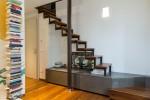 scala stile moderno con struttura in acciaio verniciato e padate in noce verniciato ed agglomerato quarzo_design fc arredamenti