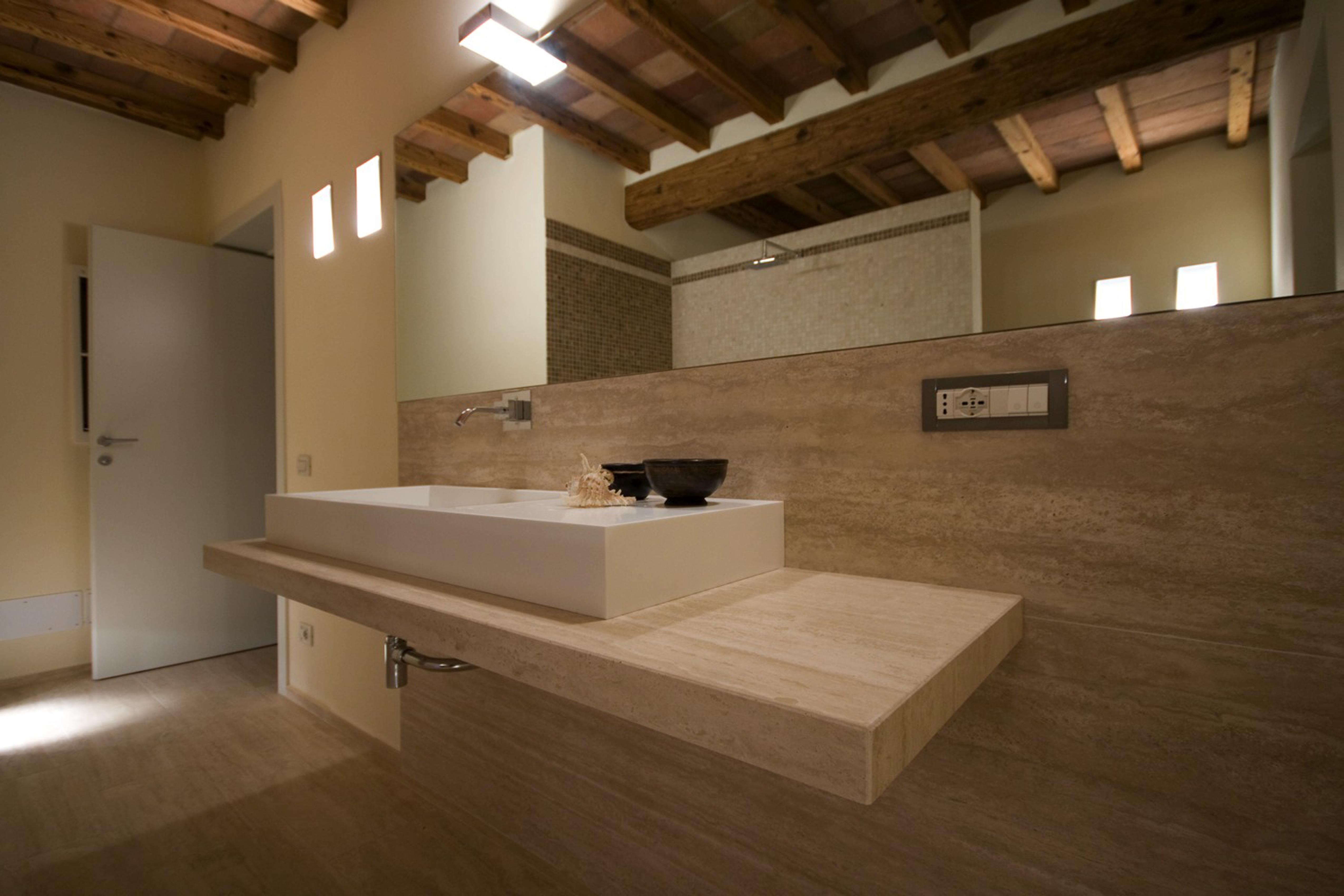 Bagno moderno grigio cheap bagno moderno spa arredi per - Bagno moderno grigio ...