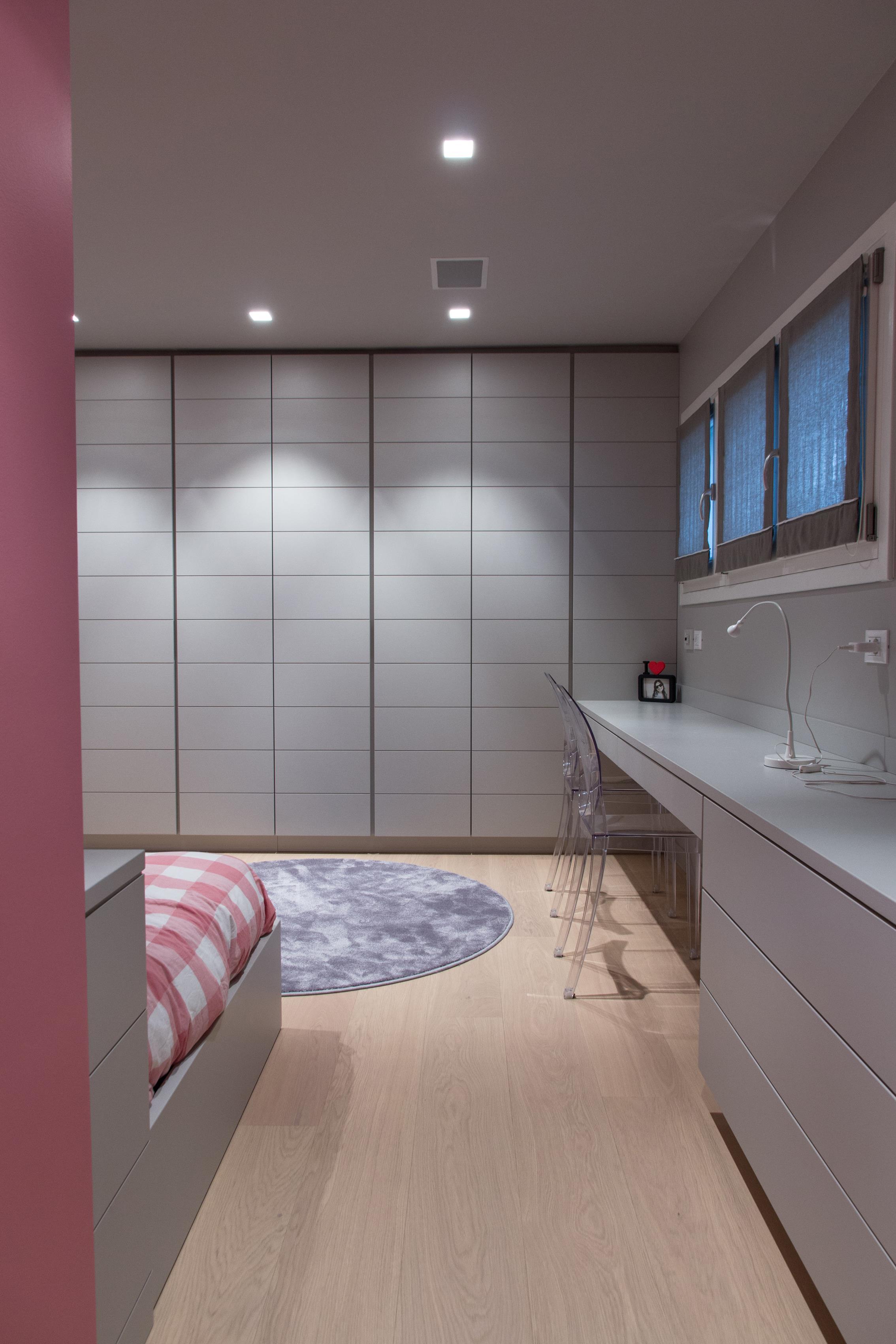 Mobili stile moderno latest camera da letto in inglese for Mobili stile moderno