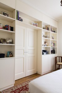 porta scorrevole doppia stile classico con modanature laccata design fc arredamenti